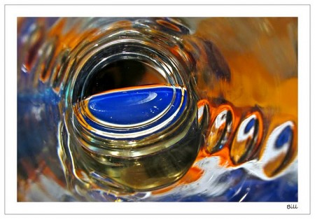 E-bottle-abstact-2-1-2f